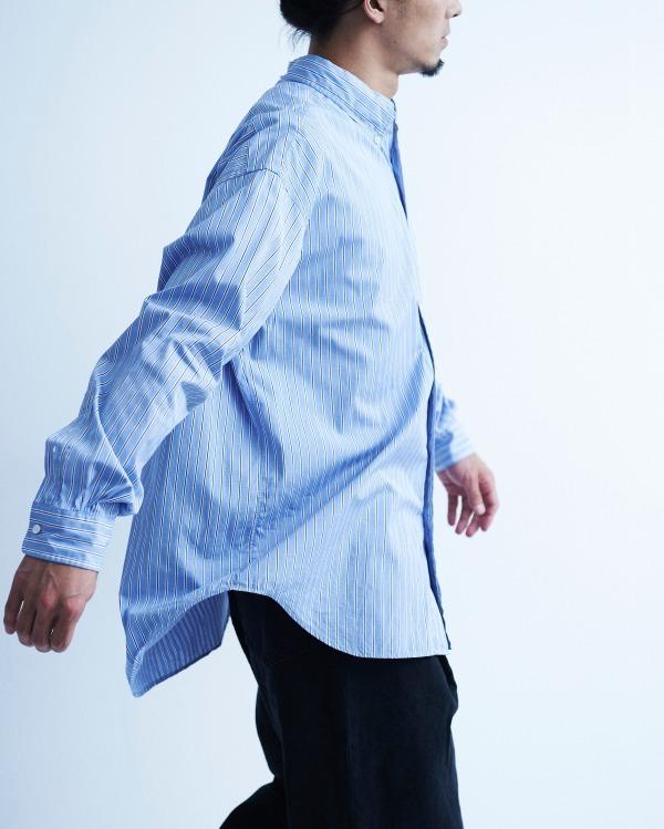 Graphpaper × Thomas mason のシャツを着た男性