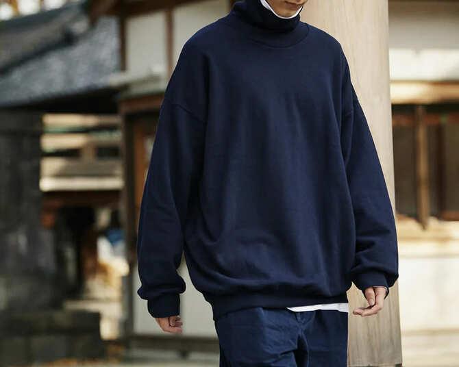 久米繊維のスウェットシャツ