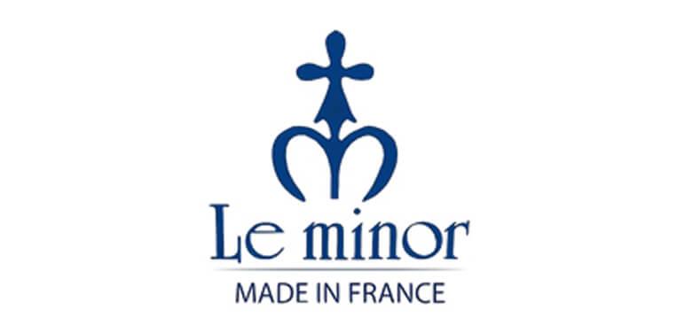 ルミノアのロゴ