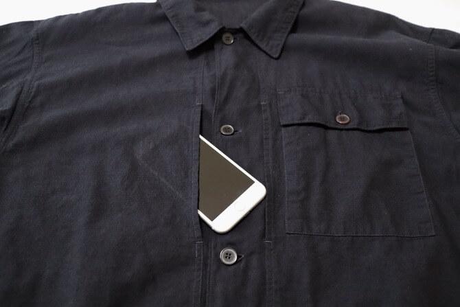 COMOLIのベタシャンユーティリティジャケット